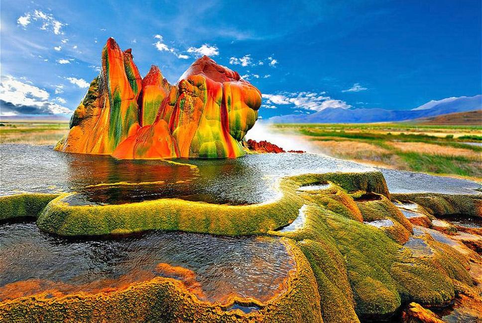 Fly-Geyser,-Northern-Nevada
