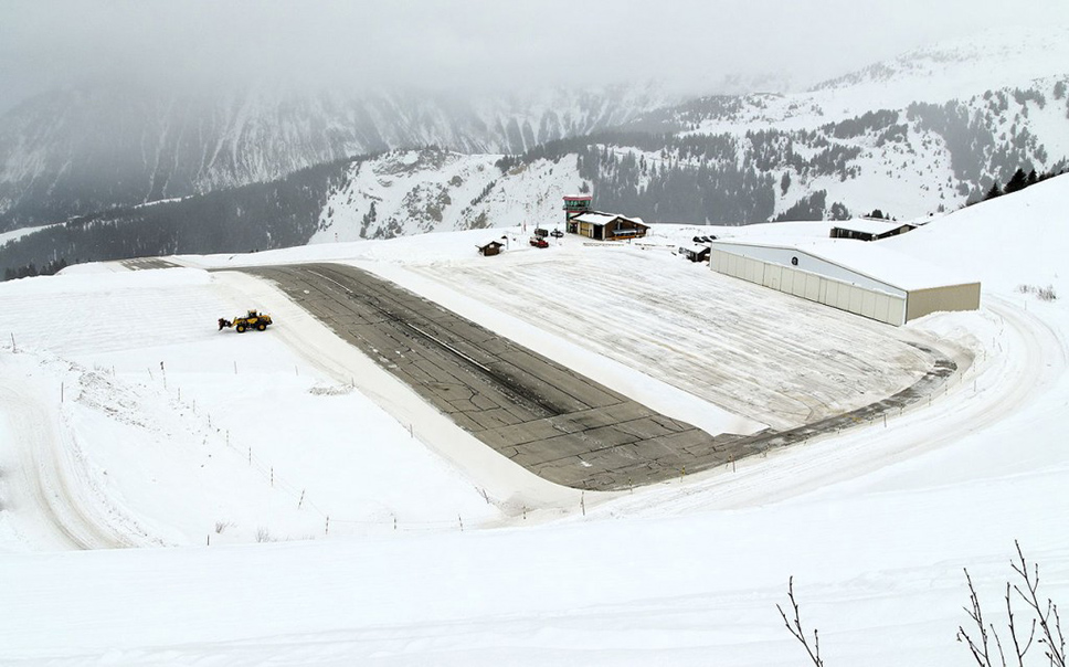 Courchevel_airport-1024x639