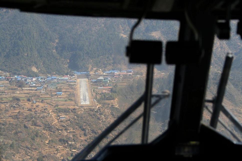 LuklaAirport-1024x682