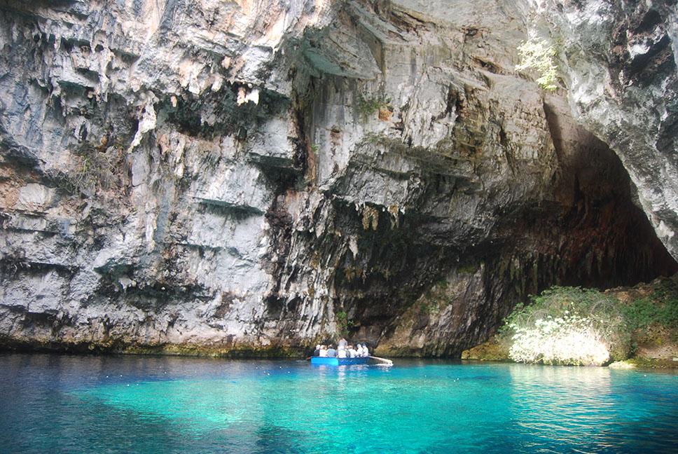 Melissani_Cave,_Kefalonia_1