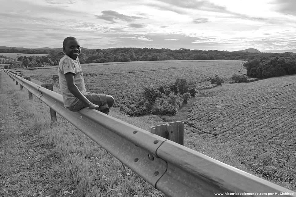 Na-estrada-da-Uganda
