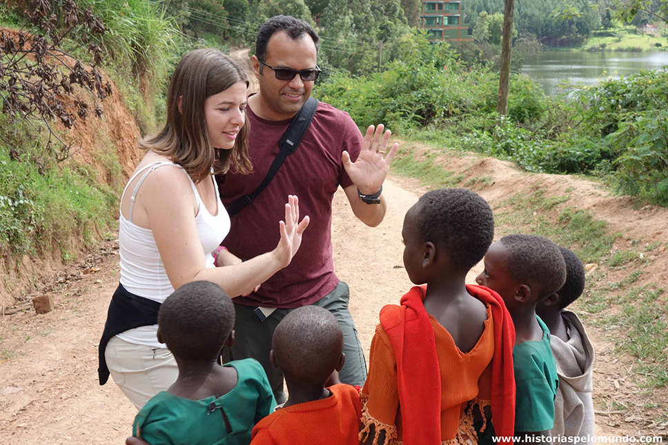 Uganda-próximo-ao-Lake-Buyone