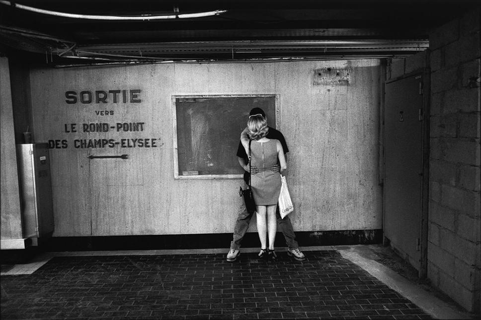 Métro Le Rond-Point des Champs-Elysee, 2000