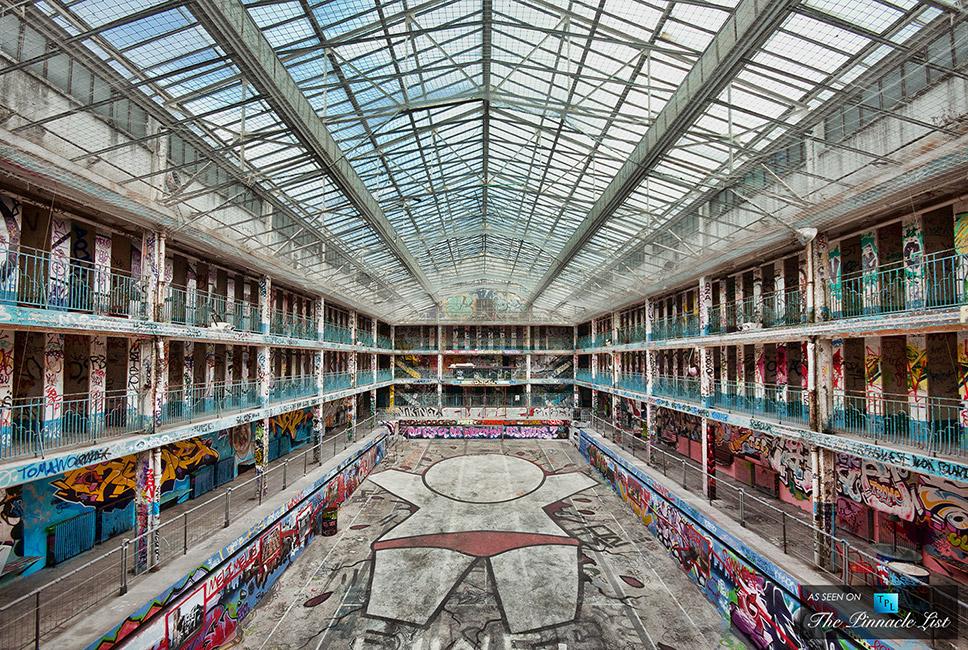 009-piscine-molitor-iconic-paris-luxury-swimming-pool-hotel-complex-reborn-1840-the-pinnacle-list-2