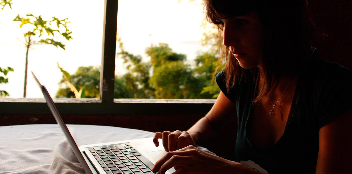 Curso dos Nômades Digitais ensina como viajar o mundo trabalhando do seu laptop