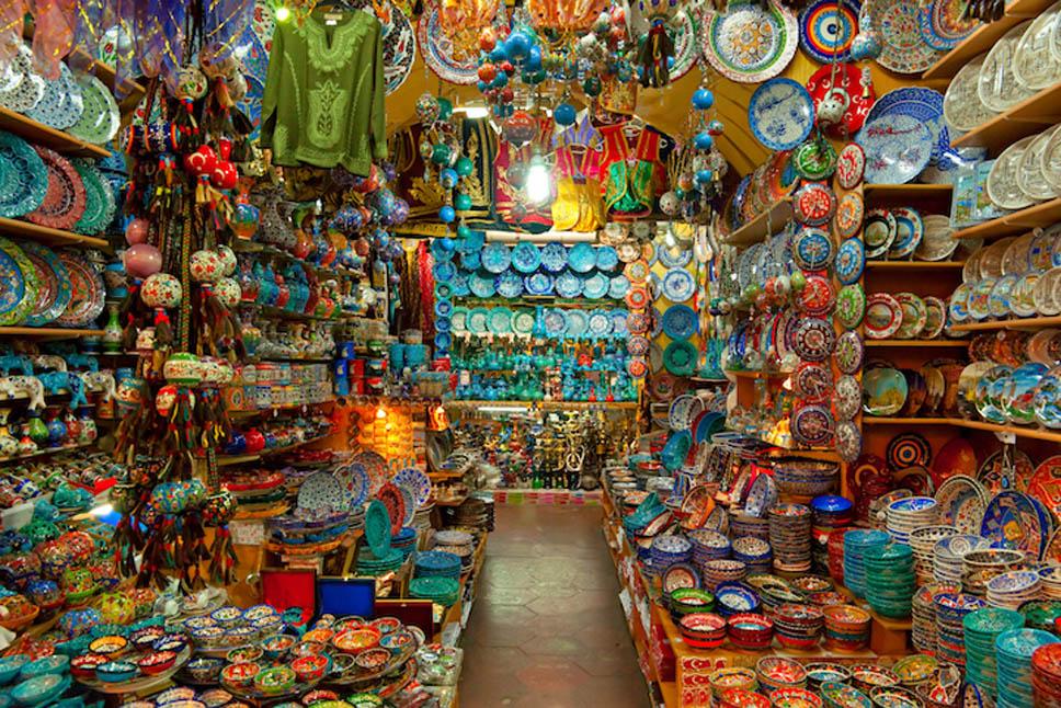 bazaar_Luciano_Mortula2