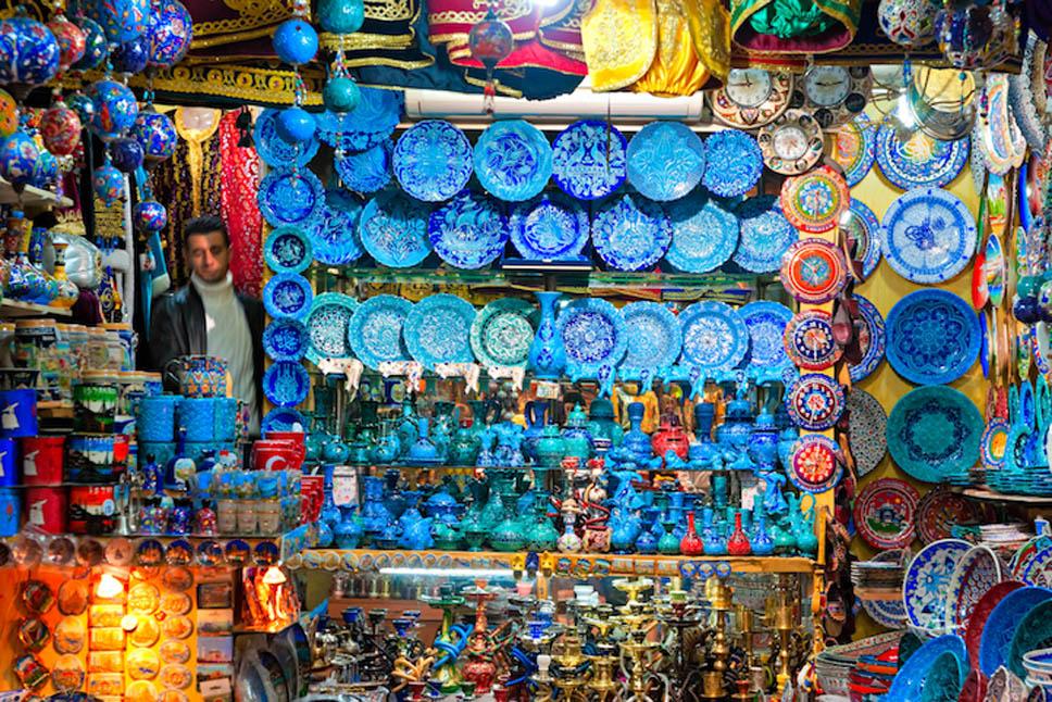 bazaar_Luciano_Mortula3