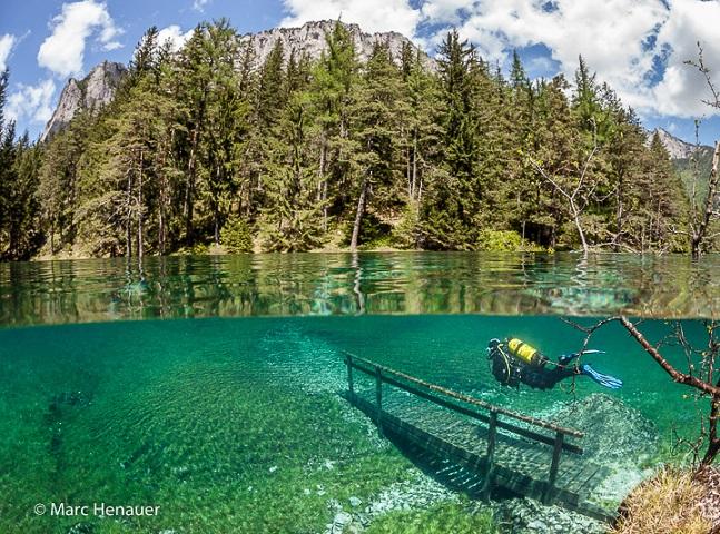 Este parque na Áustria fica submerso durante a primavera