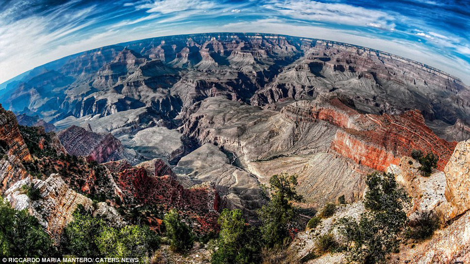 35940B8300000578-3655920-The_Grand_Canyon_close_to_Mather_Point_the_number_one_viewing_pl-a-36_1466673075771