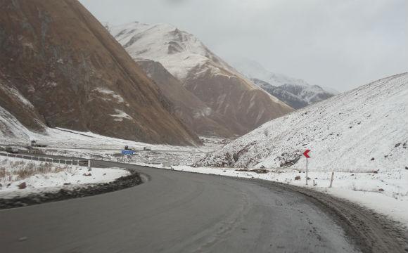 estrada-militar-georgia