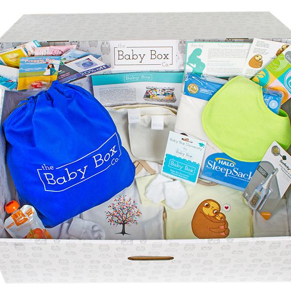 Escócia presenteará grávidas com incrível caixa de suprimentos para o bebê