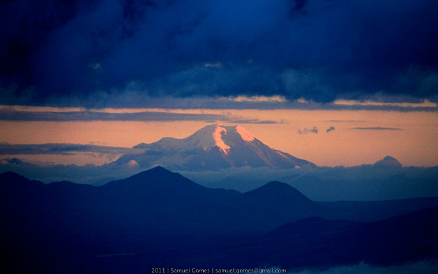 cotopaxi_vulcan_view_from_equador_aug_2011
