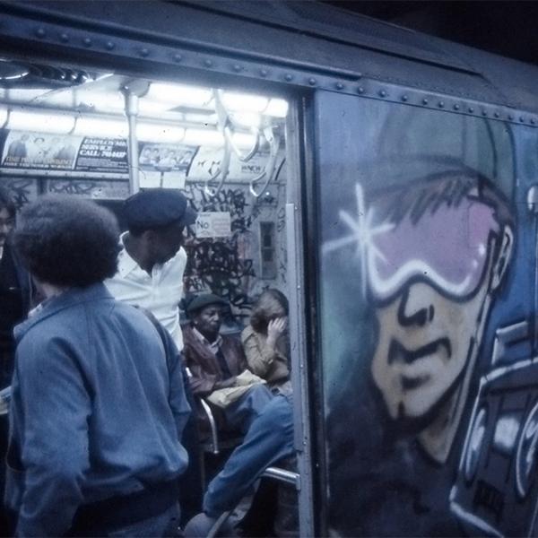 Série de imagens poderosa mostra a Nova York dos anos 80 pela lente de um adolescente