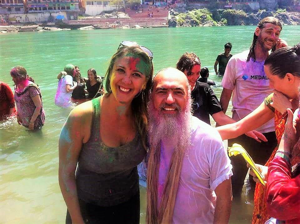 Com o mestre espiritual Prem Baba no Holi Festival