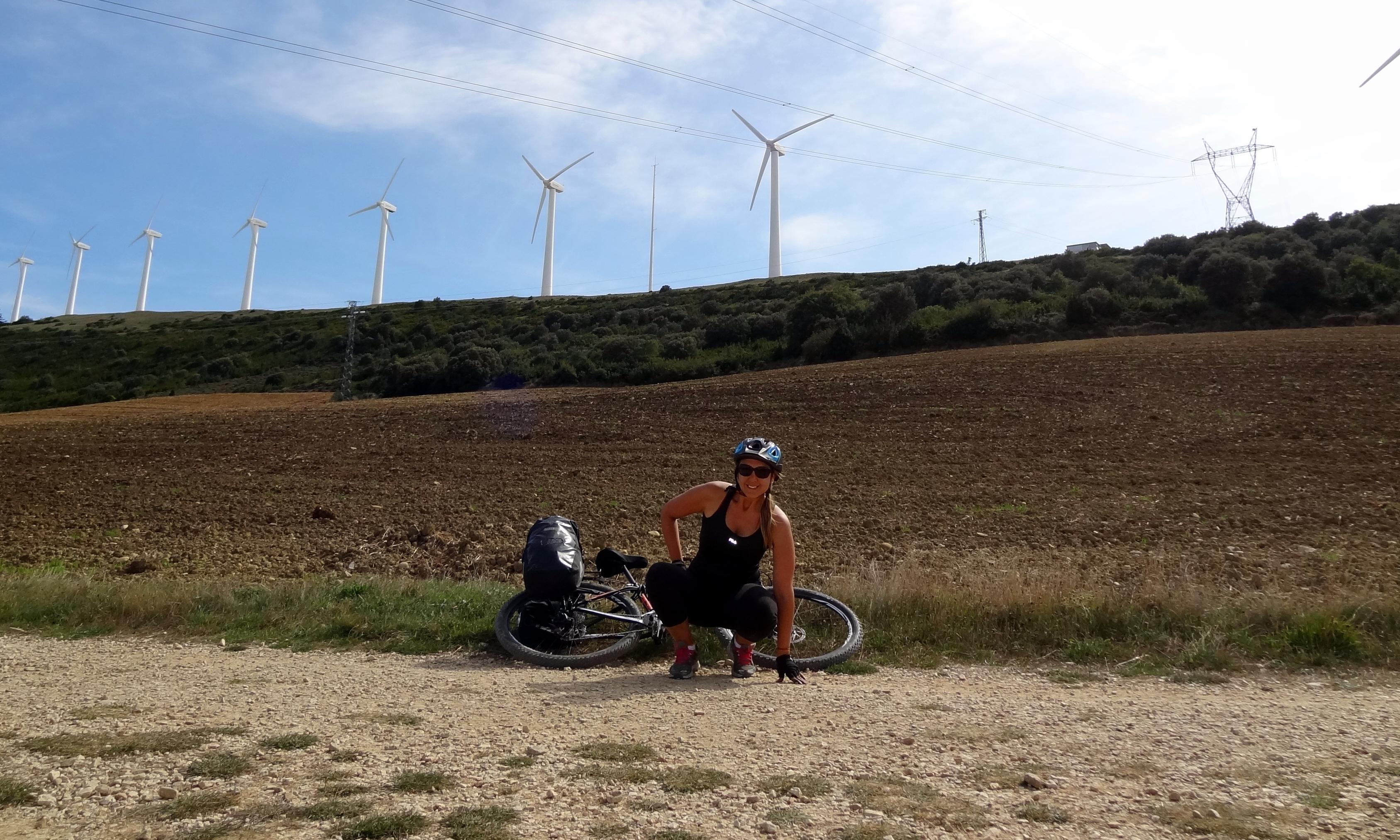 O Caminho Frances e feito em 30 dias a pe ou na metade do tempo em bicicleta