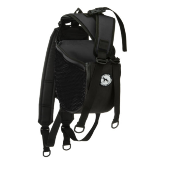 Esta mochila vai facilitar a vida de viajantes que têm cães de pequeno porte