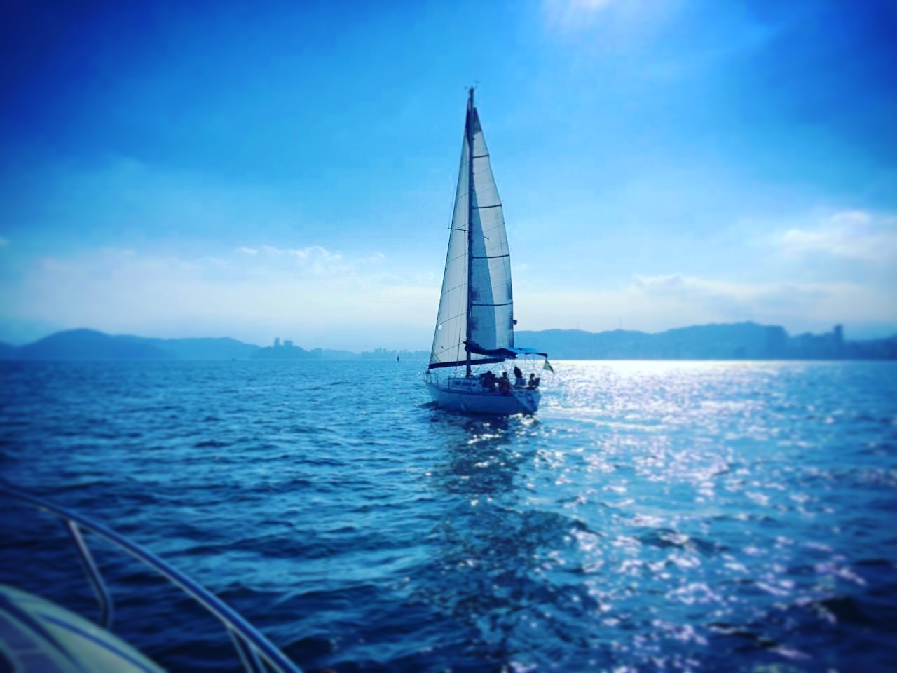 Sailing_Around_The_World_9