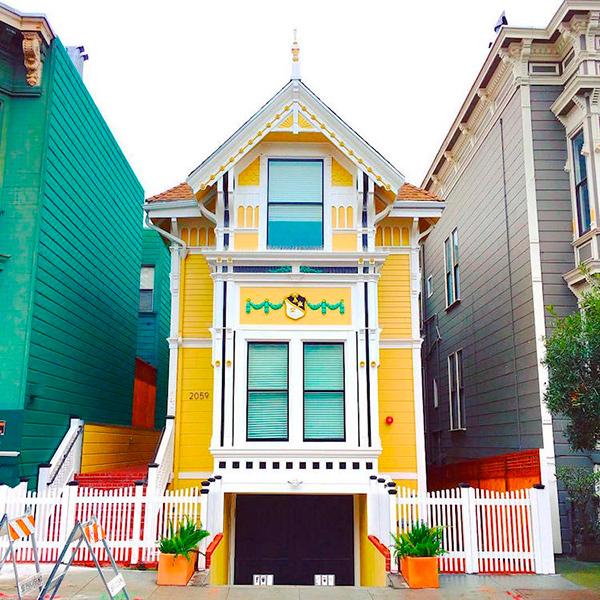 As casinhas coloridas de São Francisco parecem feitas de açúcar