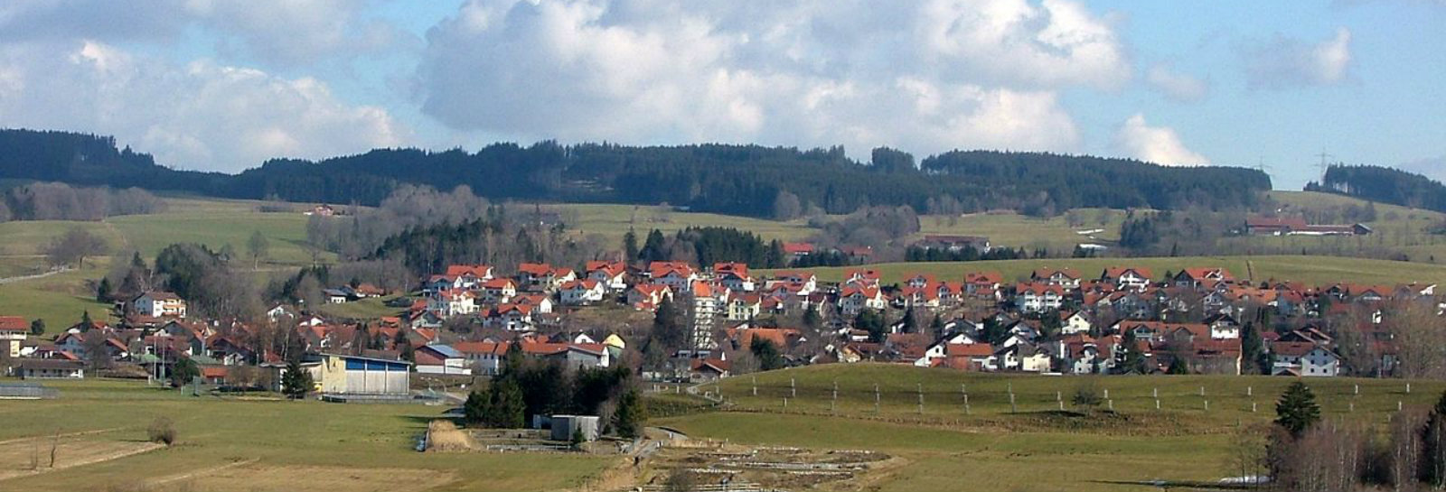 Essa vila alemã gera 500% mais energia do que precisa e é um ótimo lugar pra morar