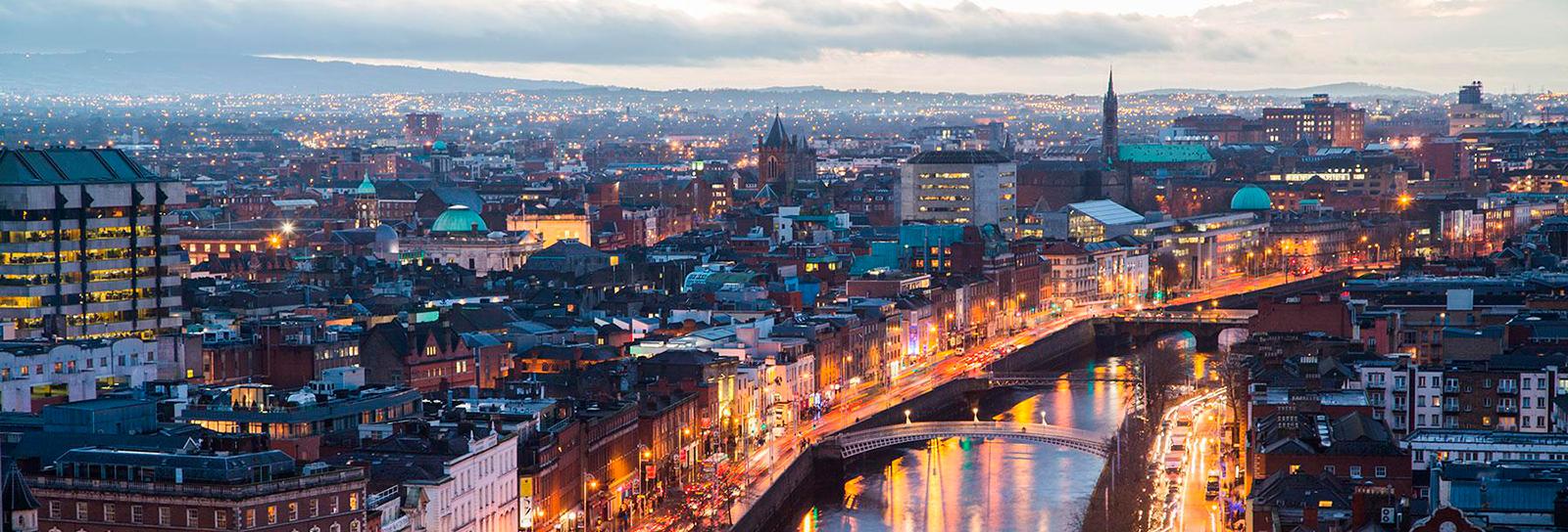 Essa é a melhor universidade da Irlanda e está oferecendo bolsas integrais para brasileiros