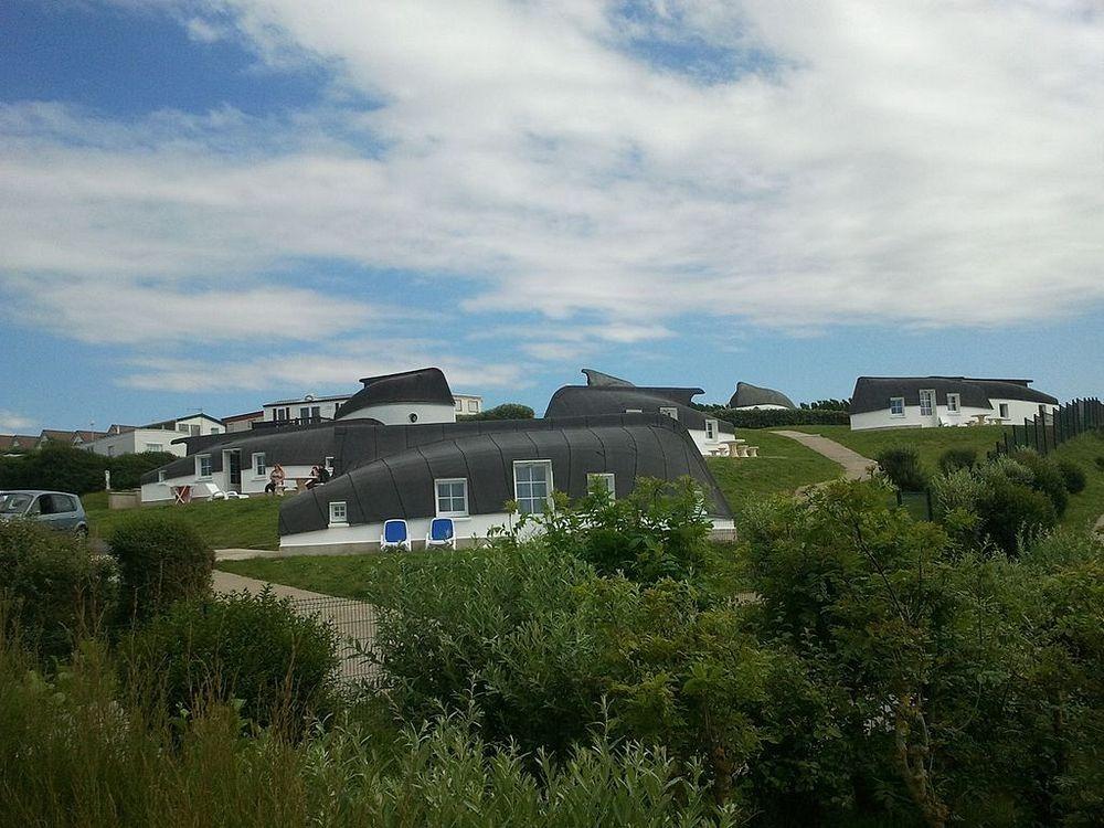 equihen-plage-boat-house-32