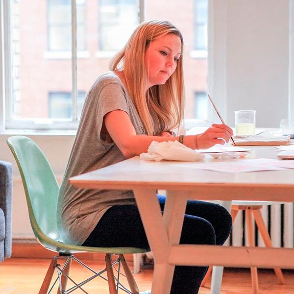 Como esta designer conseguiu fazer 1 milhão de dólares trabalhando em casa