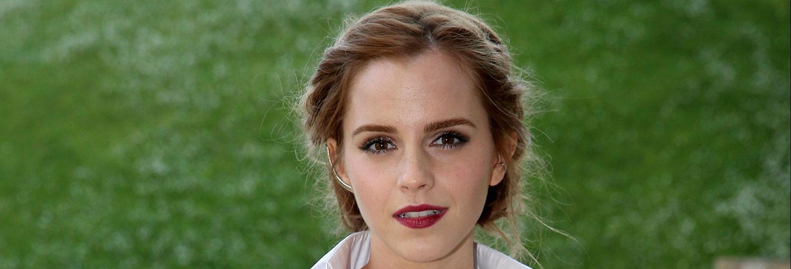 Emma Watson está dando mais um bom motivo para visitar Paris