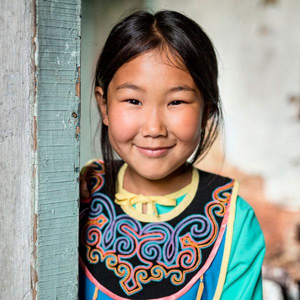 Fotógrafo passa 6 meses viajando sozinho para documentar os povos indígenas da Sibéria