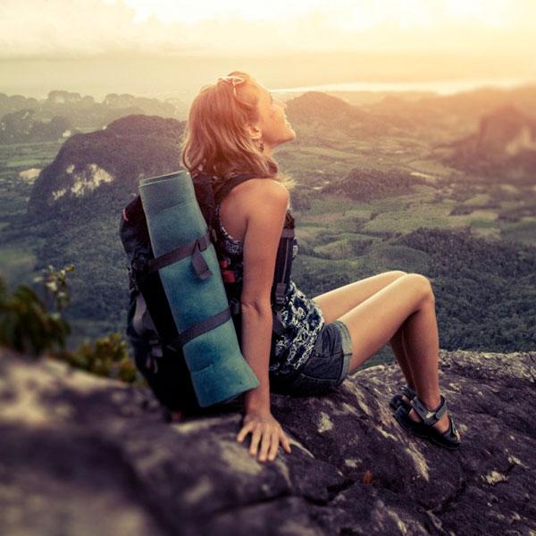 Serviço ajuda mulheres que viajam sozinhas a encontrar anfitriões de confiança